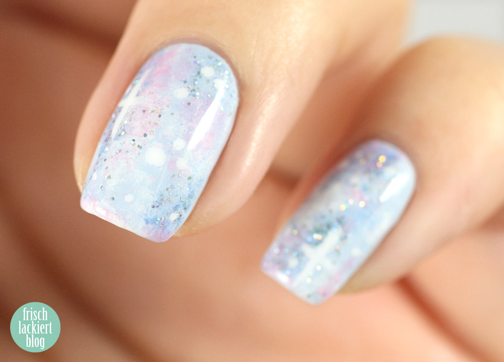 frischlackiert ANNY something blue galaxy nails pastell