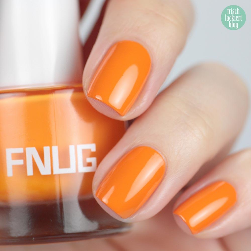 FNUG Beach Chic – Neon Orange Nailpolis – swatch by frischlackiert