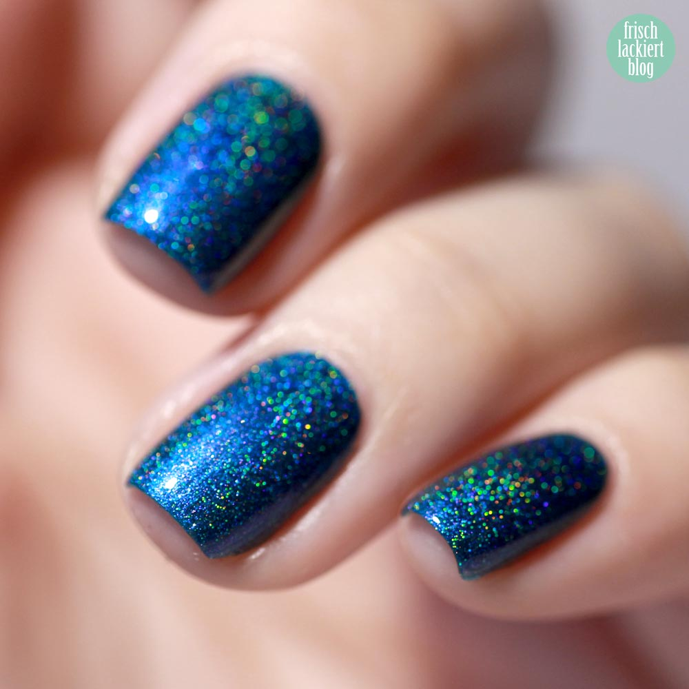 Colors by Llarowe The Deep End (H) - turquoise and purple multichrome holo nailpolish – swatch by frischlackiert