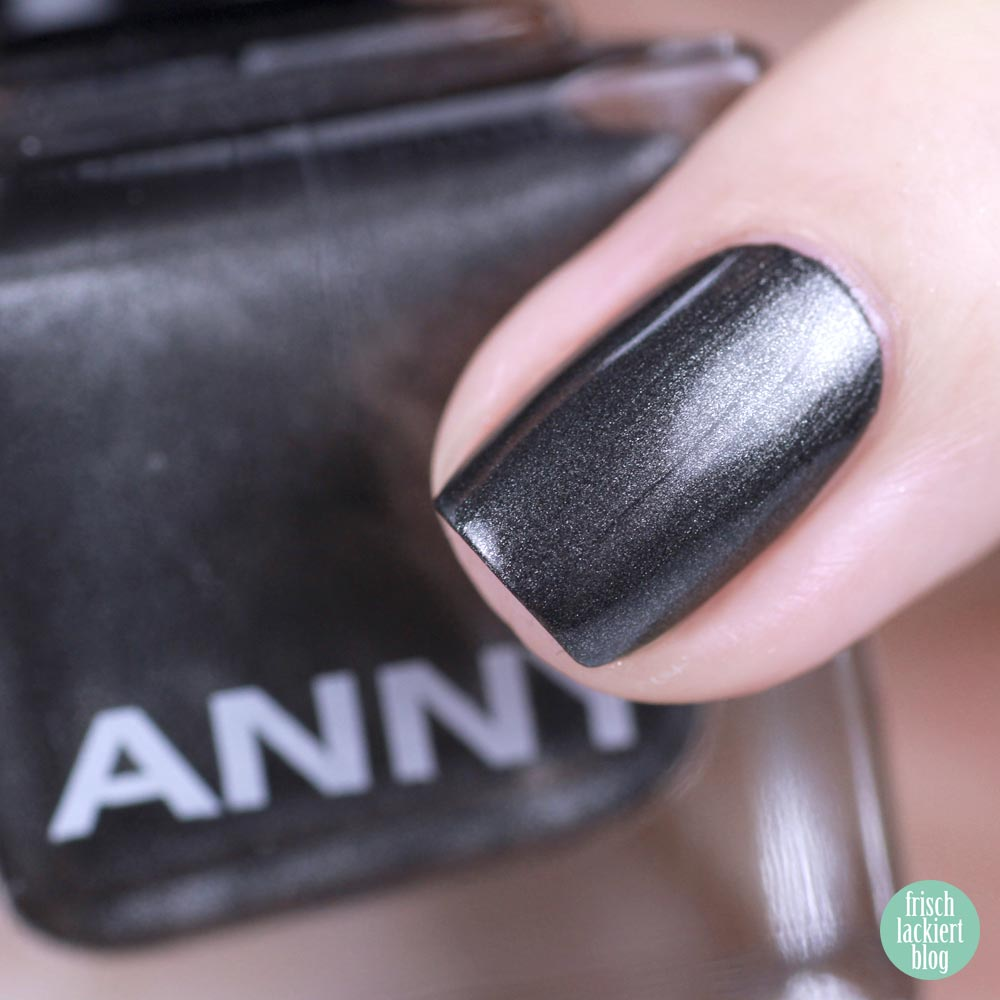 ANNY shopping queen – anthrazit Nagellack – swatch by frischlackiert