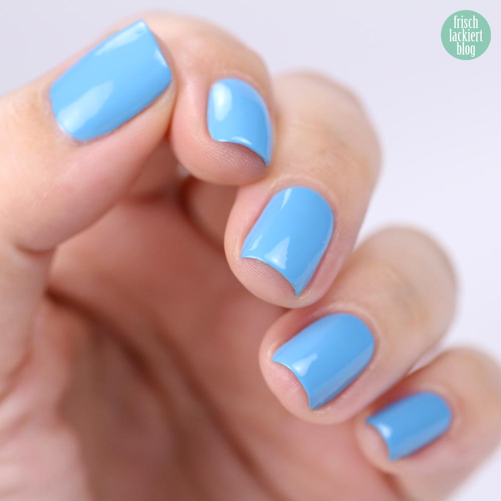 ANNY Perfume Polish – Nagellack mit Duft – light blue for you – swatch by frischlackiert