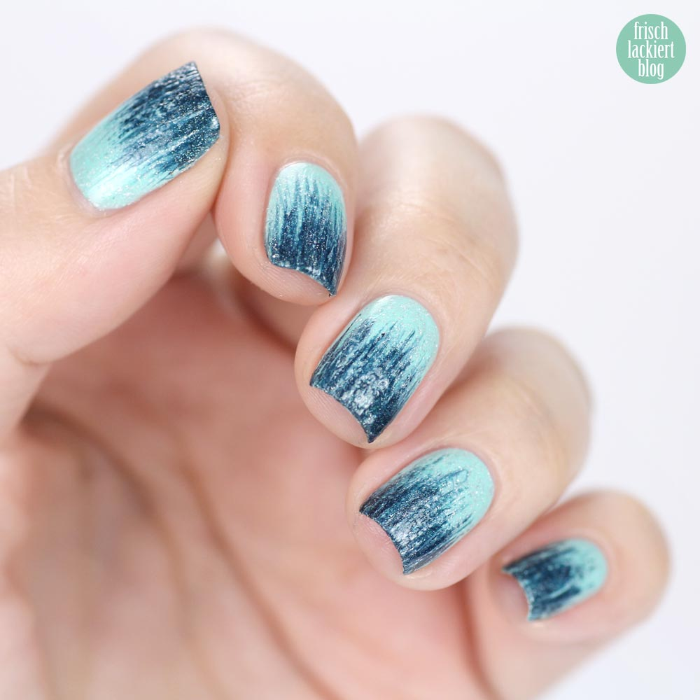 Gradient Brush Nailart – by frischlackiert