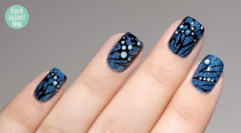 Queen Frostine Cupcake Polish – Schmetterling Nailart blau glitzer – by frischlackiert