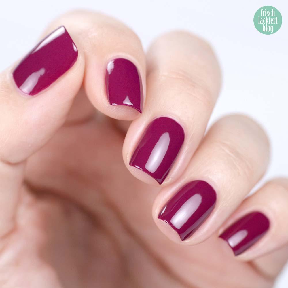 Misslyn Gel Effekt Nagellack – 281 berrynista – Beerenfarben Violett - swatch by frischlackiert