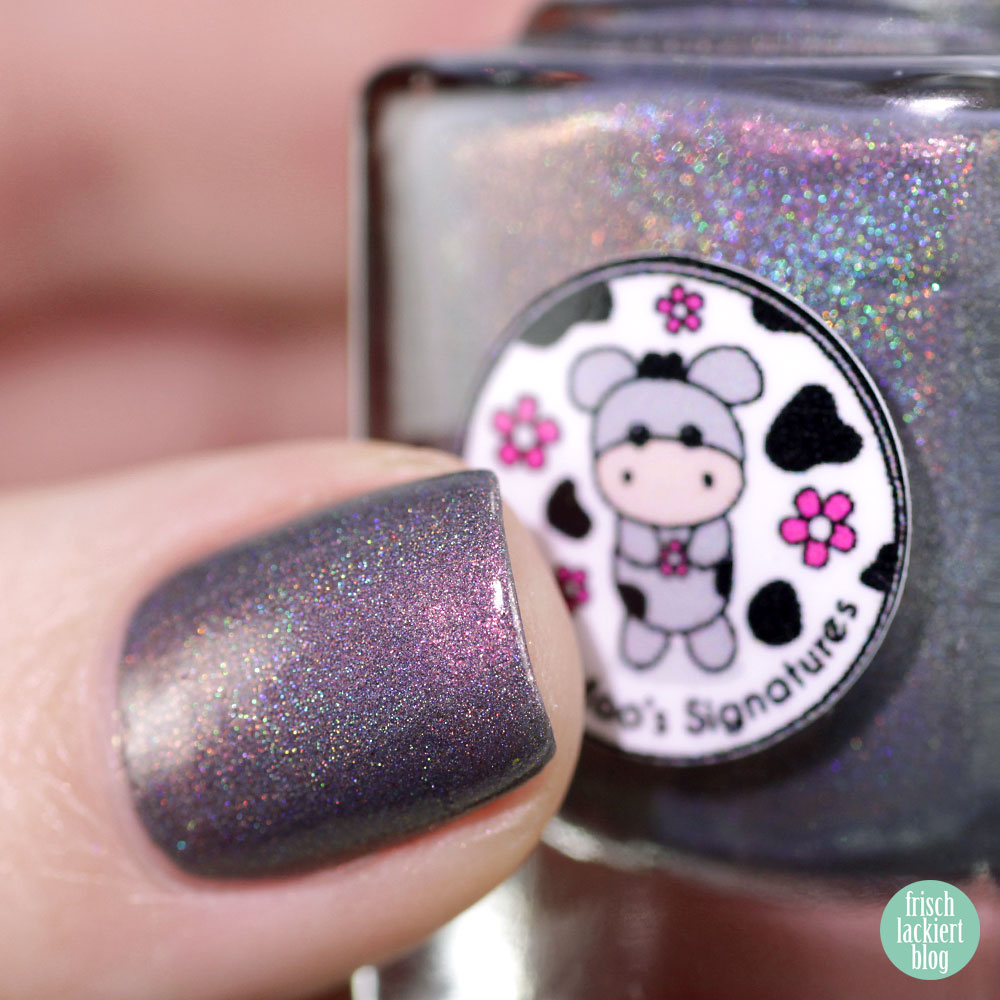 Moo Moo´s Signatures – Pandora´s Curse – Shimmer Paradise Collection – holographic nailpolish – by frischlackiert