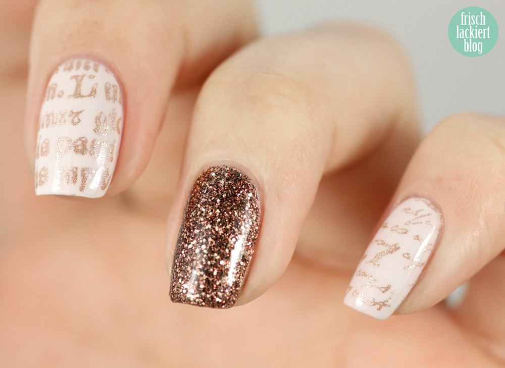 Nailart Typografie Schrift Essie Urban Jungle