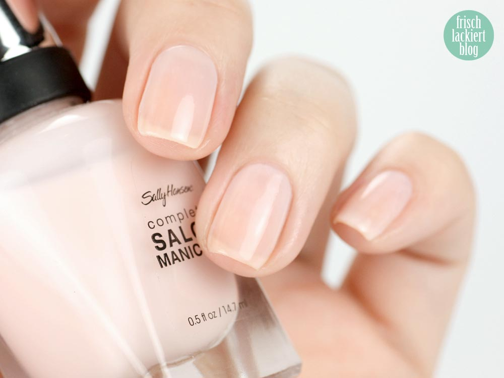 Sally Hansen nailpolish Shell we dance?