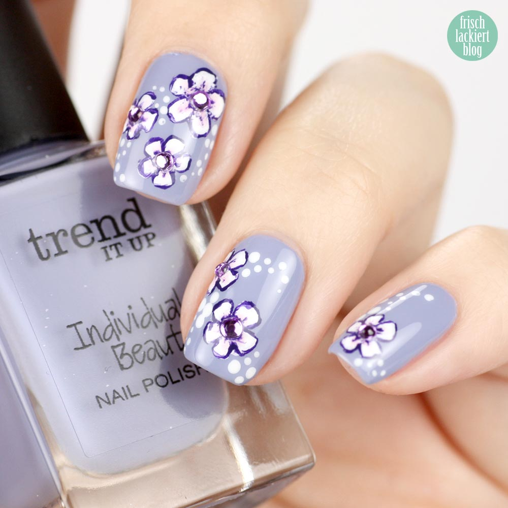 Frischlackiert-Challenge – the power of flower – Nailart