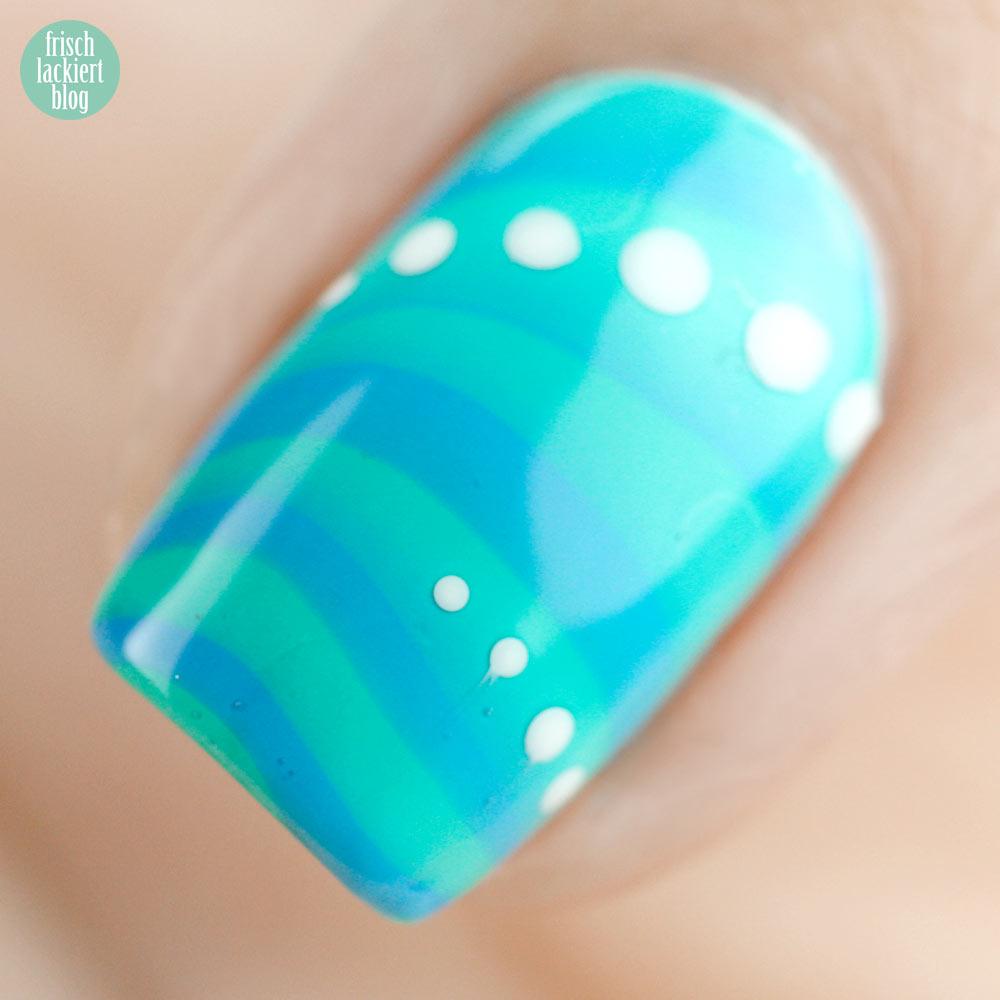 Frischlackiert-Challenge water marble nailart