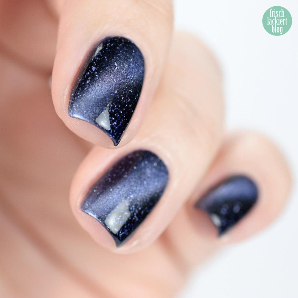 Masura – Magnetic Nailpolish – The Univers – swatch by frischlackiert
