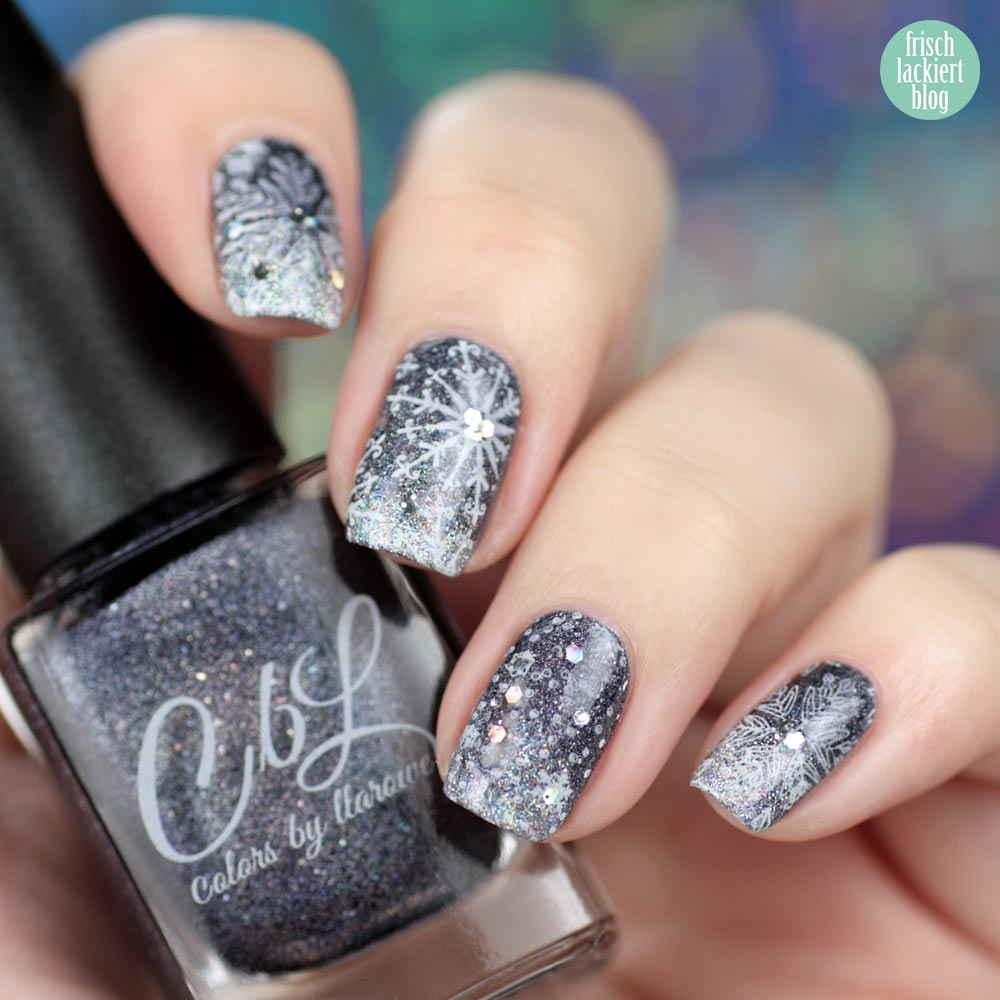 Colors by Llarowe – Empty Heart – Snowflake Gradient Holo Nailart – swatch by frischlackiert