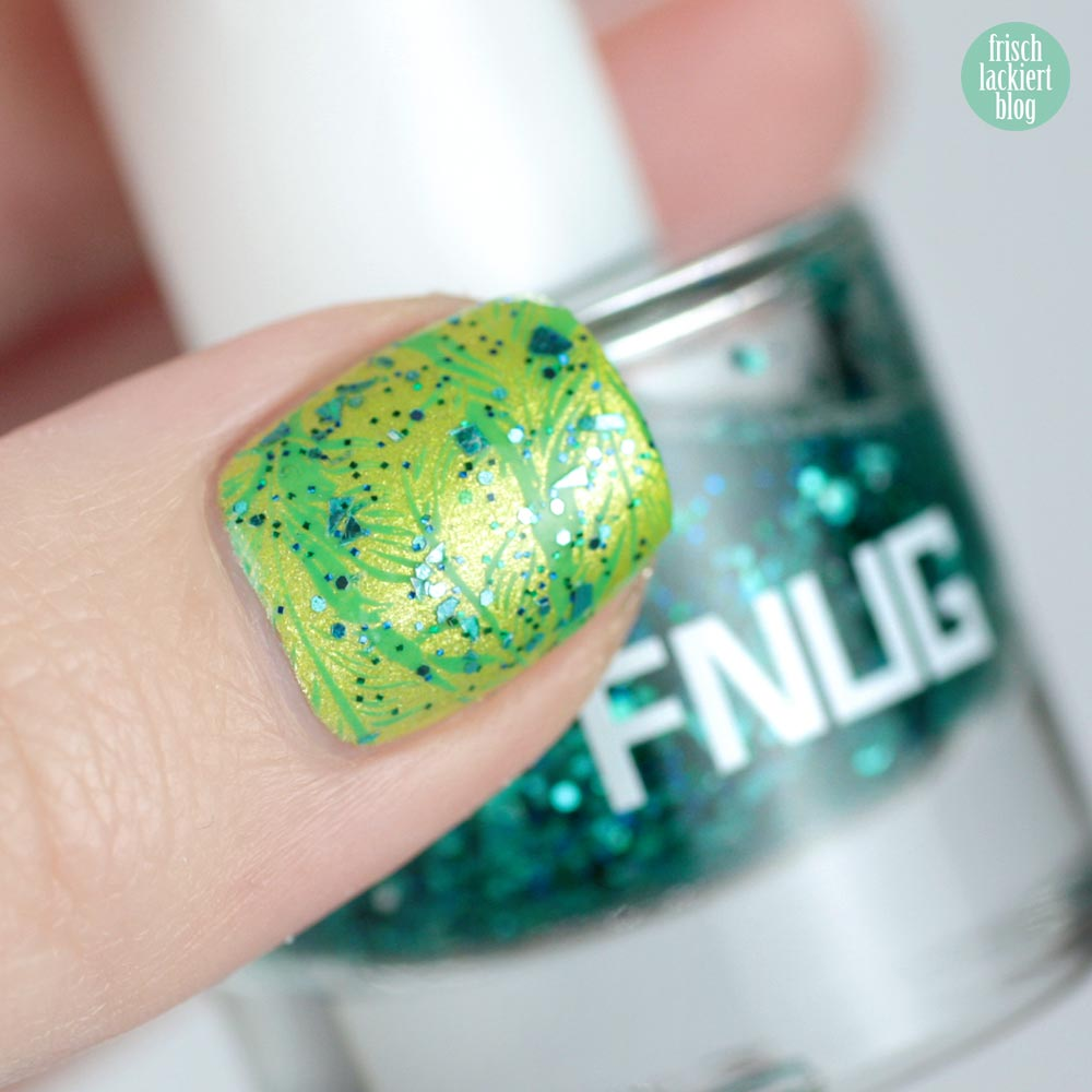 FNUG Acid Lime – ÜberChic Fabulous Feathers Stamping – by frischlackiert