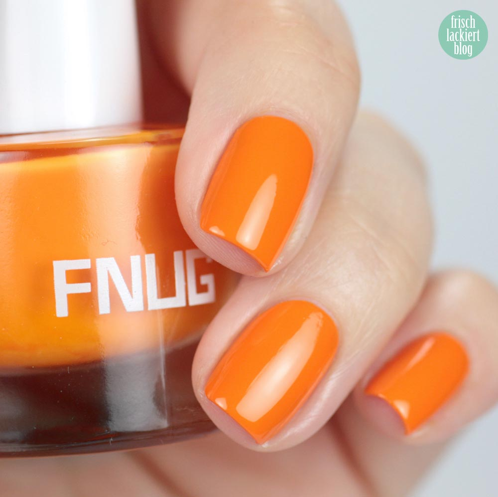 FNUG Beach Chic – Neon Orange Nailpolis – swatch by frischlackiert
