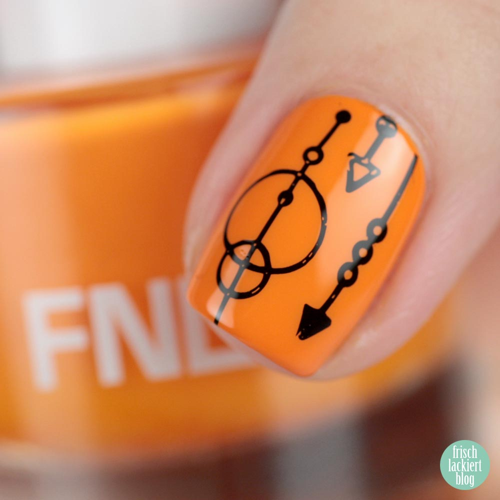 FNUG Beach Chic – Orange Nailart – MoYou Minimal Collection 01 – by frischlackiert