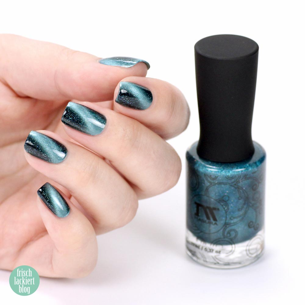 Masura Blue Stars – Magnetic Nailpolish – swatch by frischlackiert