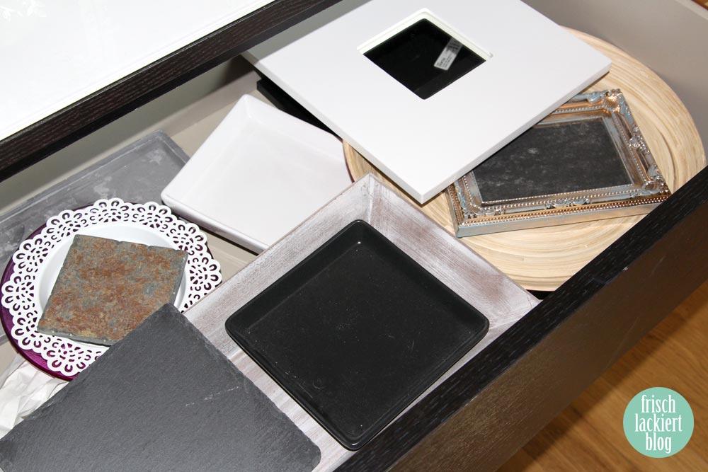 In Meinem Zimmer Steht Auch Ein MALM Regal, Das Ich Teilweise Für Mein  Nagel Zeugs Mit Benutze. Im Ersten Fach Habe Ich Eine Sammlung An Tellern,  ...