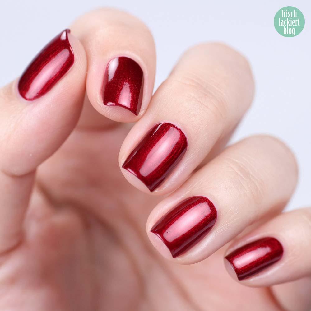 Misslyn Gel Effekt Nagellack – 250 glam alert – Schimmer Dunkelrot - swatch by frischlackiert