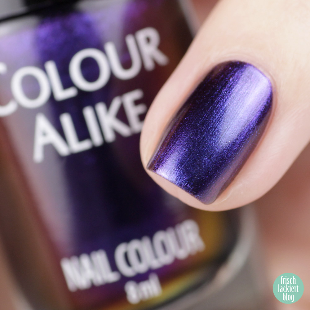 Multochrome Nagellack – Lila Blau Metallic – Colour Alike Castor – swatch by frischlackiert