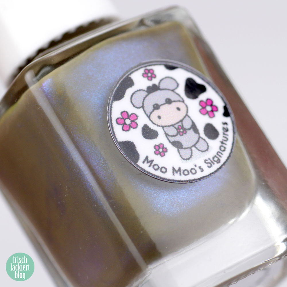 Moo Moo´s Signatures – Tuatara – Shimmer Paradise Collection – green brown blue nailpolish – by frischlackiert