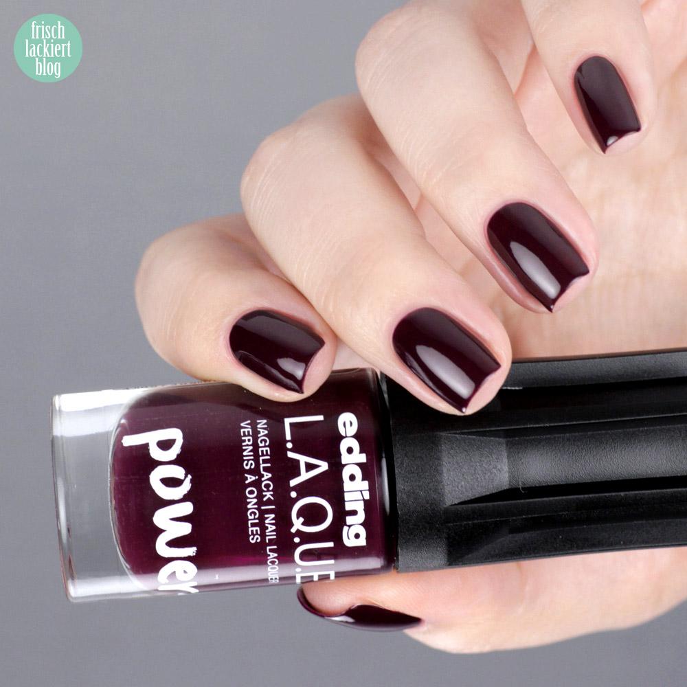 Edding L.A.Q.U.E. – Powerfrauen Kollektion 2018 - absolute aubergine - dark violett nailpolish - swatch by frischlackiert
