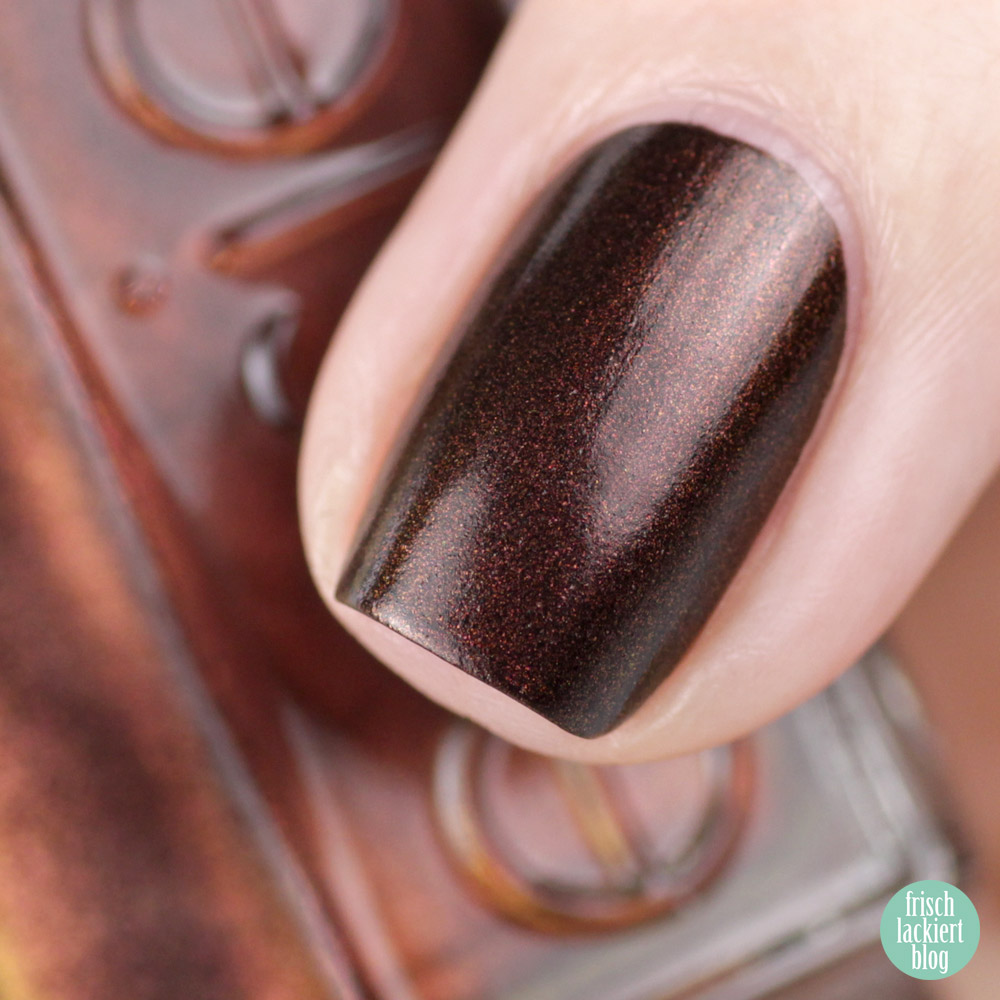 Essie desert mirage Kollektion - seeing stars – swatch by frischlackiert