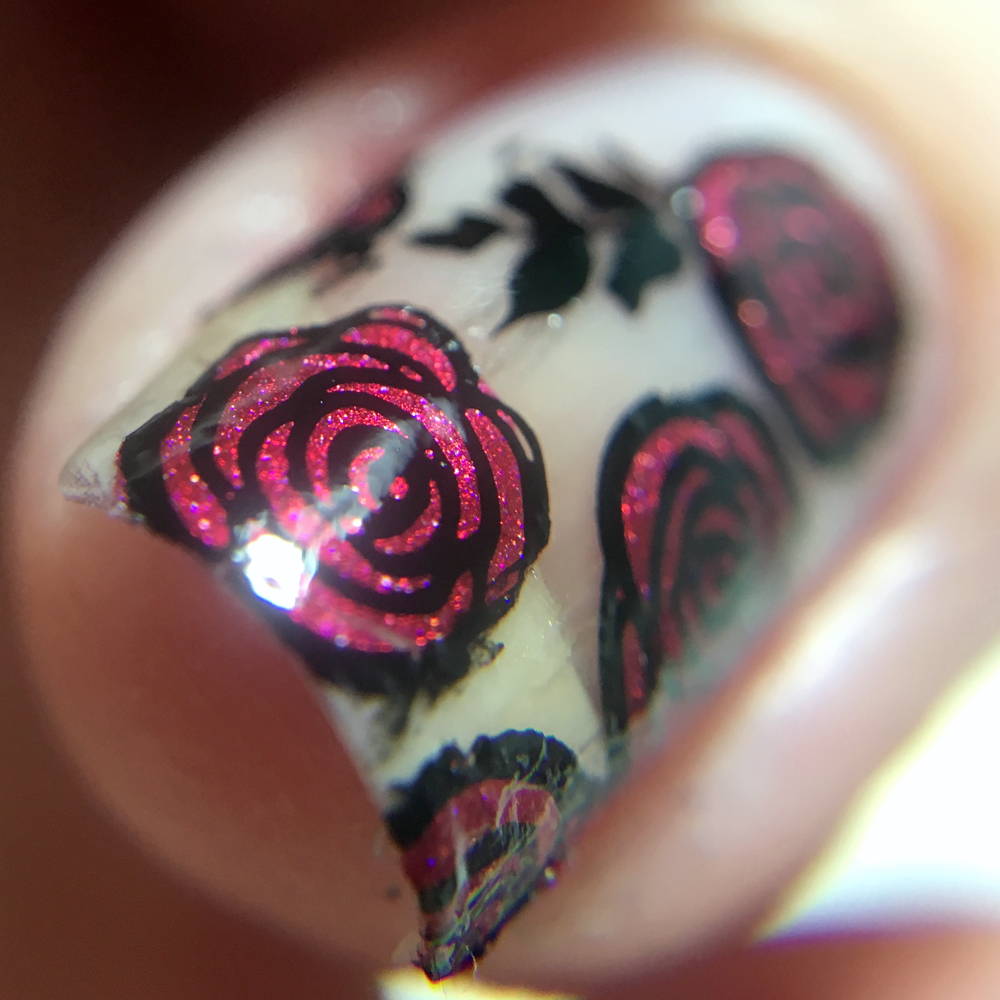 Frischlackiert-Challange Nailart-Challenge – Thema Cut Out / Negative Space Nailart – by farbgeschichten Blog