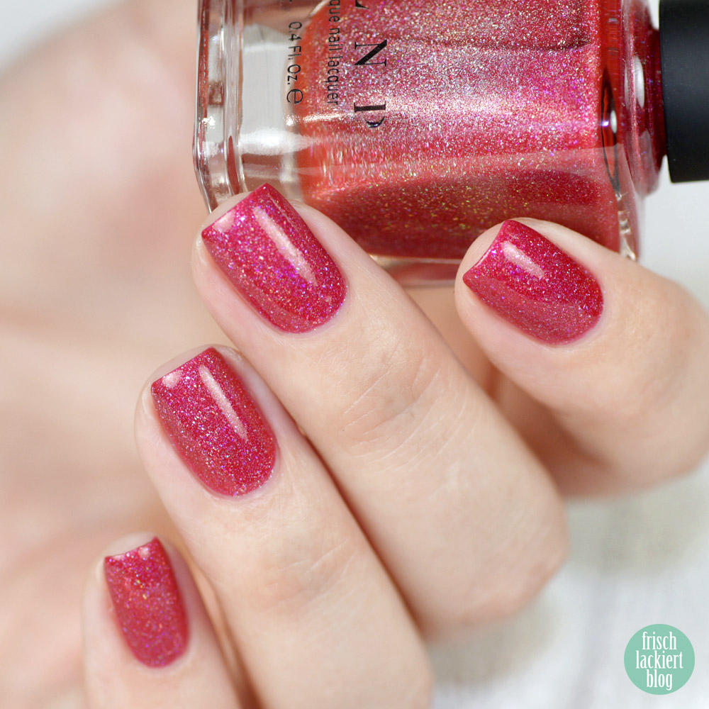 I love nailpolish ILNP – Closure – Holographic – pinker Nagellack mit Glitzer – swatch by frischlackiert