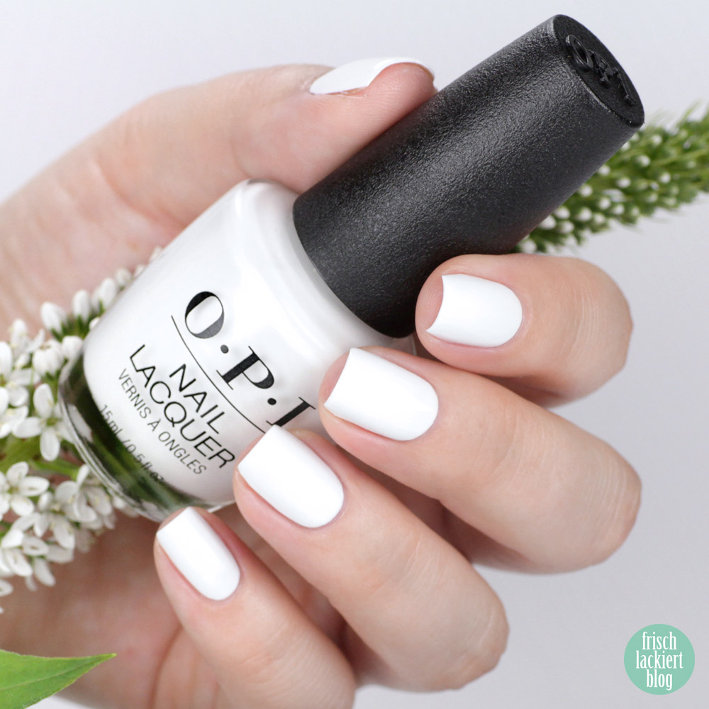 OPI Alpine Snow – white nailpolish – swatch by frischlackiert