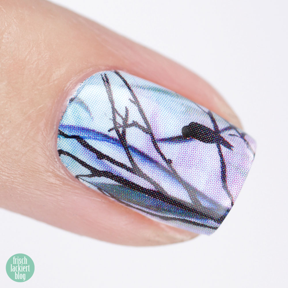 Nailart mit H2O Waterdecals – S013 awakening – Blau Violett Pastell – by frischlackiert