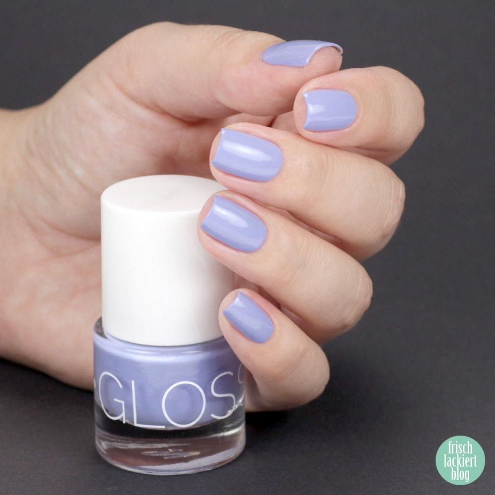 Glossworks Nagellack – Hyacinth Bouquet – Hellblau mit Schimmer – swatch by frischlackiert