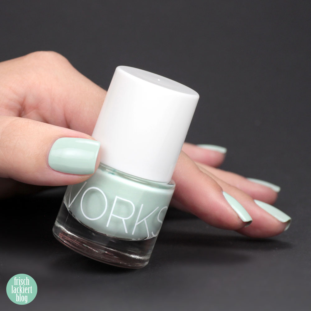 Glossworks Nagellack – Cool as a Cucumber – Helles Pastell-Mint – swatch by frischlackiert