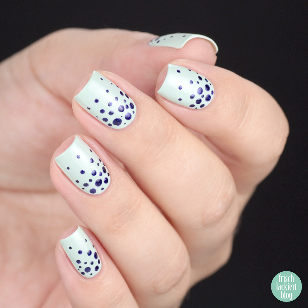 Glossworks Nagellack – Cool as a Cucumber – Nailart Dotticure Punkte – swatch by frischlackiert