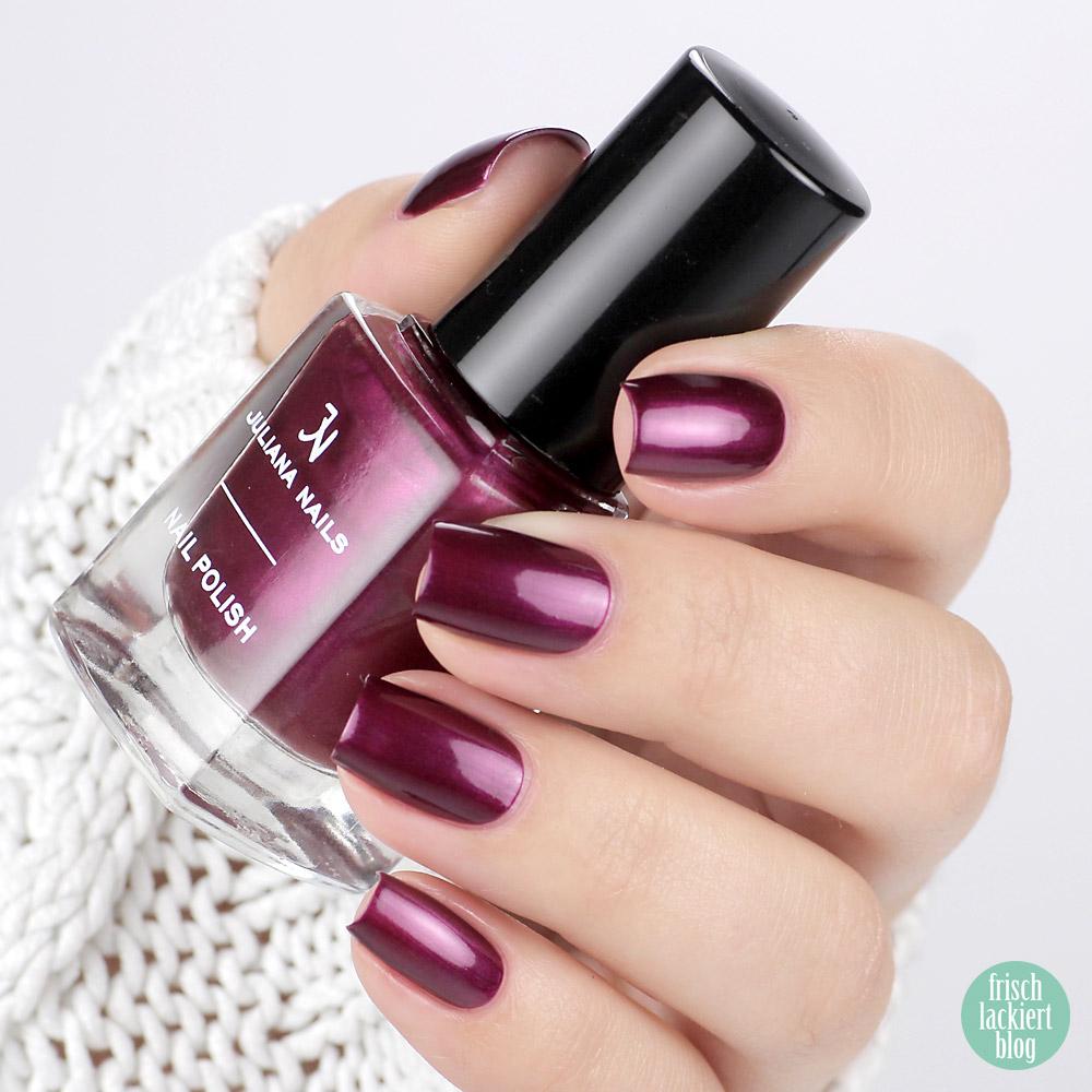 Juliana Nails hot plum – Nagellack in Violett mit Schimmer für den Herbst – swatch by frischlackiert