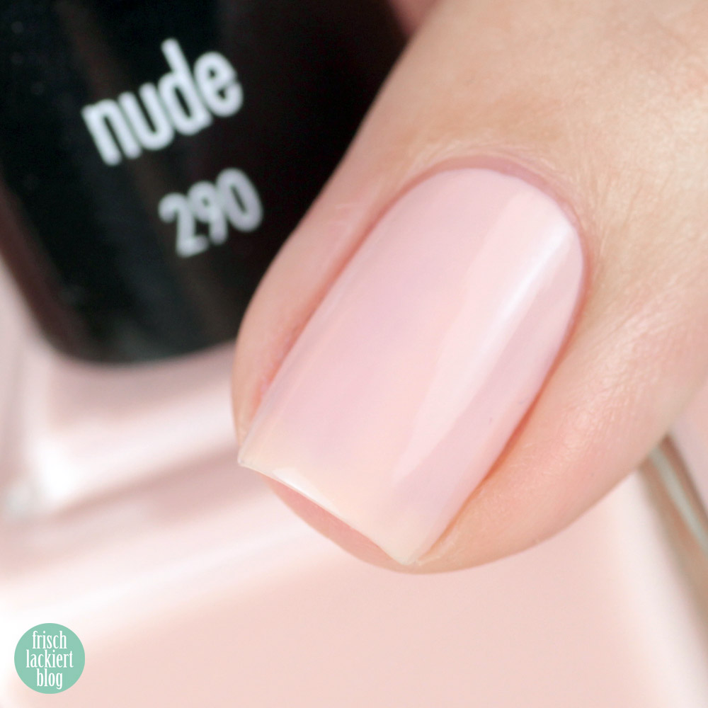 ANNY nude Nagellack – swatch by frischlackiert