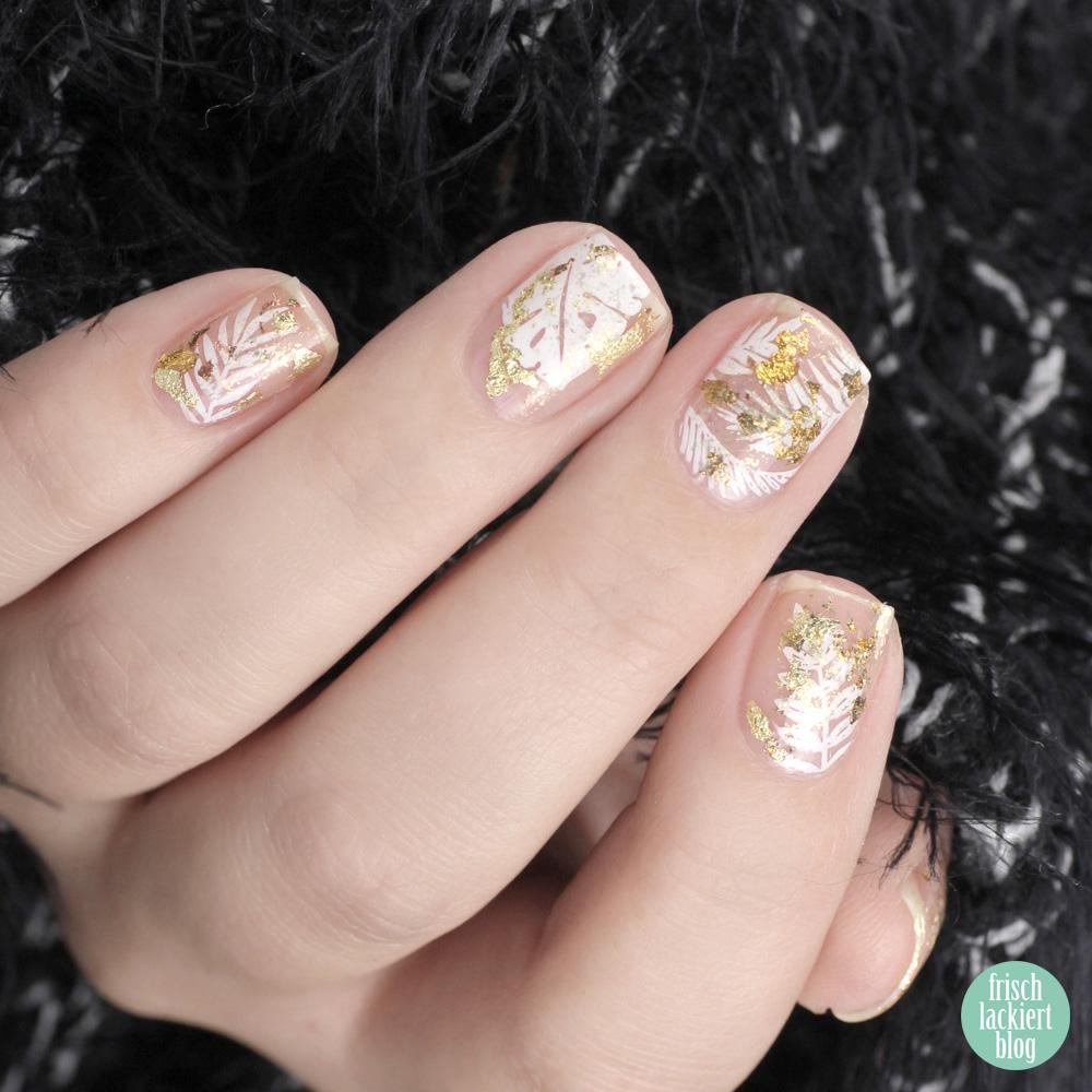 Frischlackiert-Challenge – Weiß und Gold Nailart – Cut Out Sytle – by frischlackiert