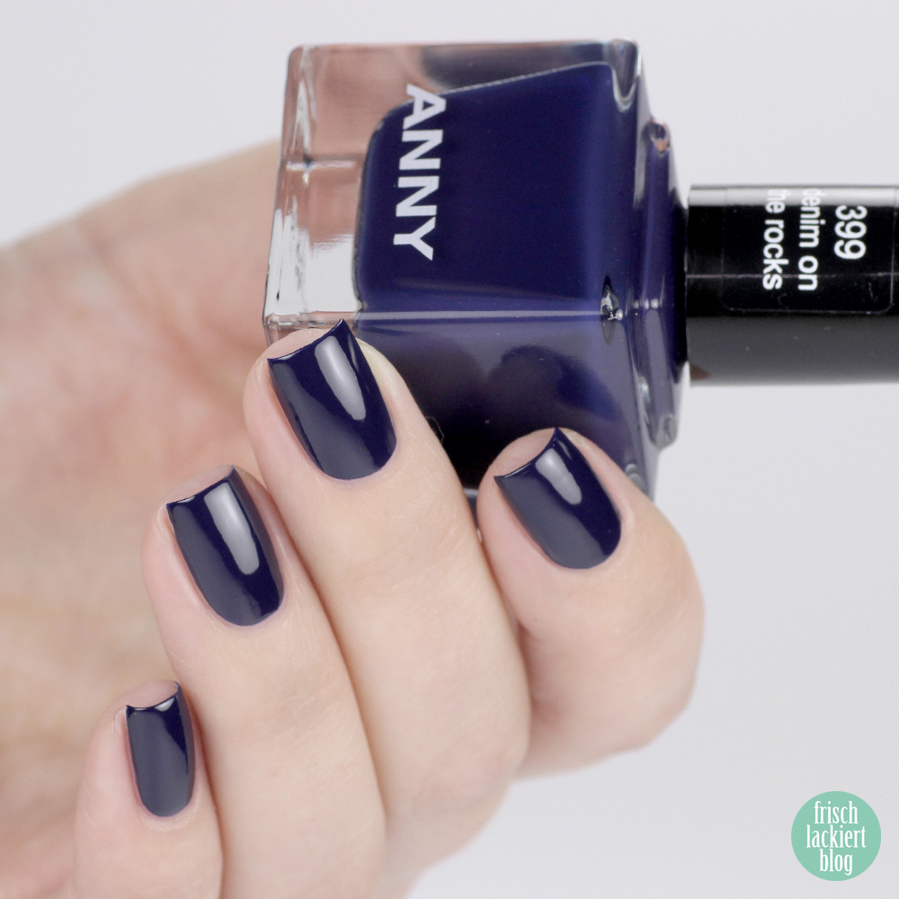 ANNY denim on the rocks – dark blue nailpolish - swatch by frischlackiert