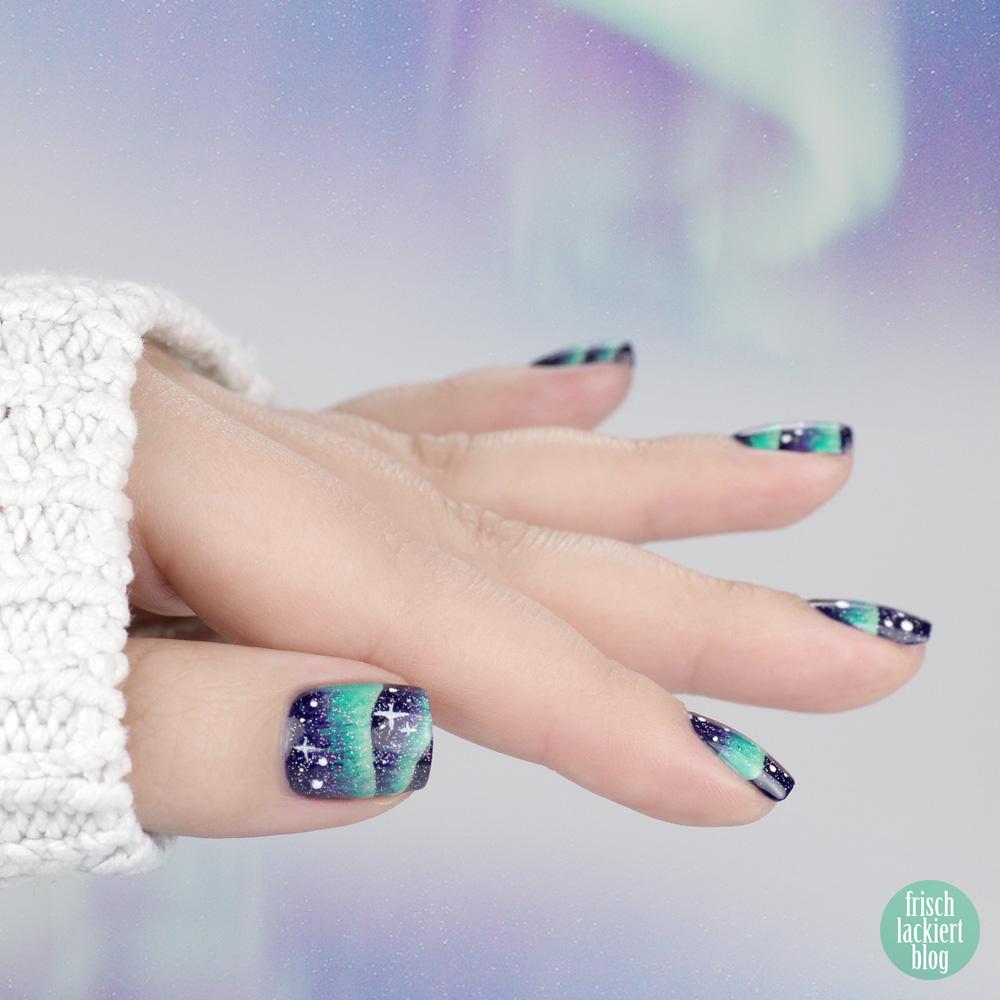 Frischlackiert-Challenge – Sterne und Nordlichter - northern lights aurora nailart tutorial – by frischlackiert