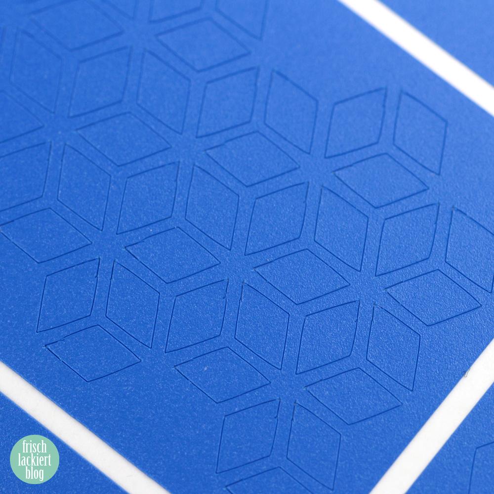 Frischlackiert-Challenge Holo-Mania – Holo Powder Stamping Nailart – blue Nailpolish – by frischlackiert
