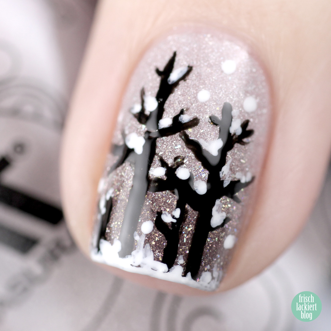 Masura Winter Tree Nailart – Winterwald Design by frischlackiert