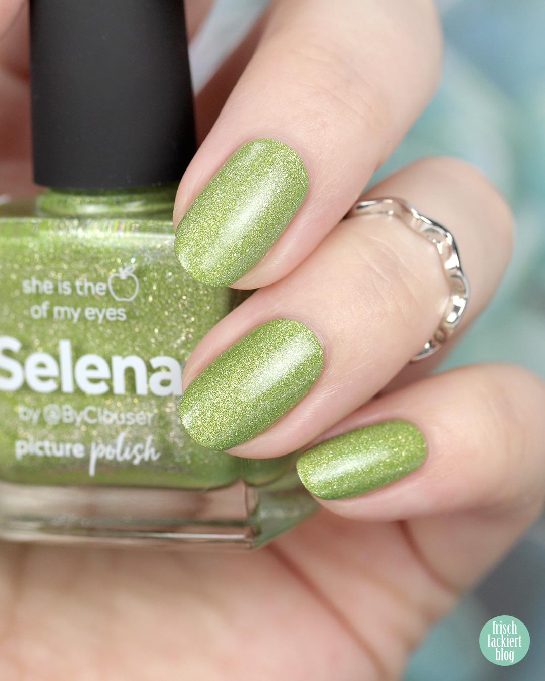 Picture Polish Selena – Nail Polish Swatch by frischlackiert